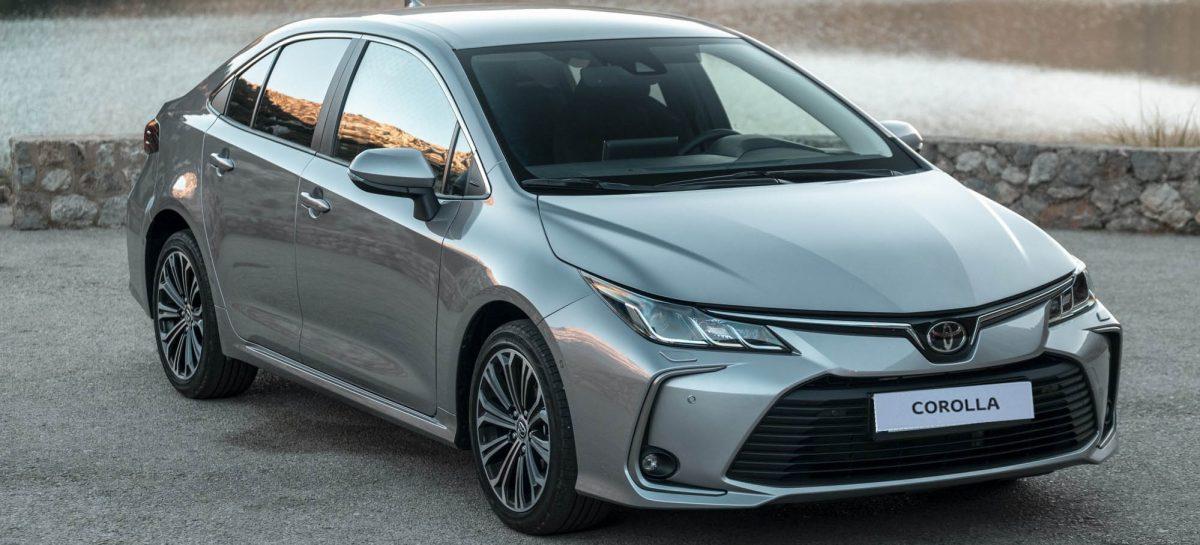 В России начались продажи нового седана Toyota Corolla