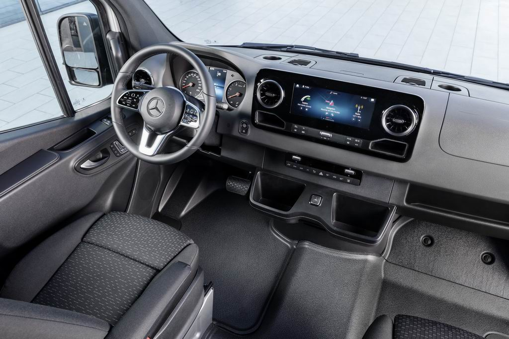 Mercedes-Benz Sprinter Interior photo