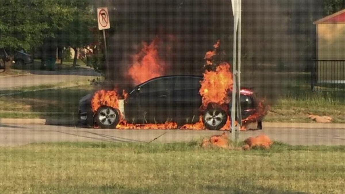 Hyundai и Kia горят в США main photo