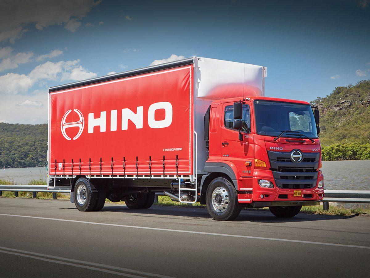 Hino грузовик