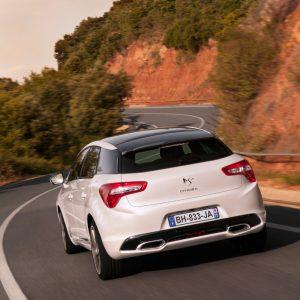 Продажи новых автомобилей D-класса показали рост на 26%