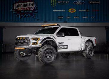 Гонщик Кен Блок ппродемонстрировал свой новый Ford F-150 Raptor