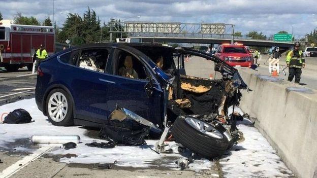 ДТП по вине автопилота машины Tesla