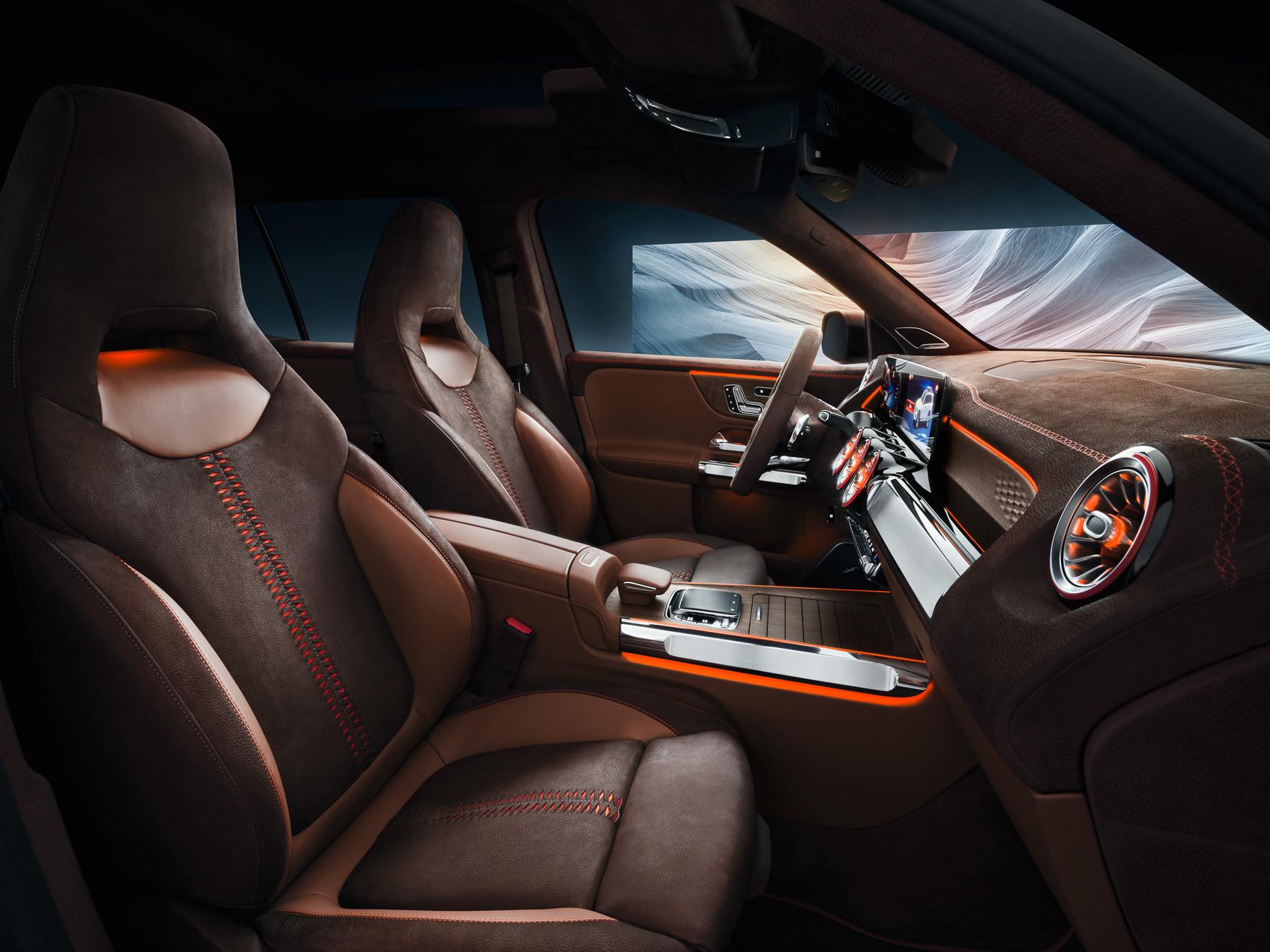 Mercedes-Benz GLB салон