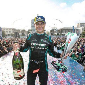 Гонщик Panasonic Jaguar Racing Митч Эванс стал победителем гонки Formula E в Риме