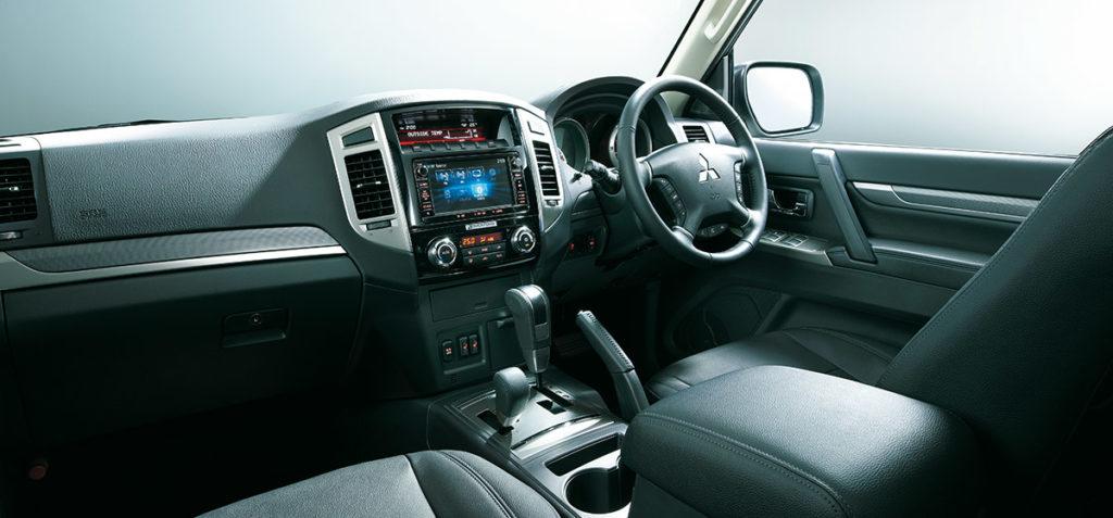 Mitsubishi-Pajero-Final-Edition2