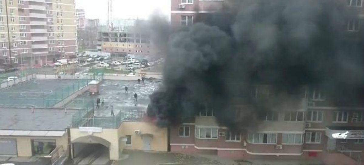 На севере Москвы сгорела подземная парковка