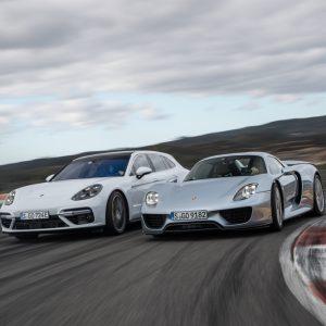 Panamera исполняется 10 лет: спорткар, автомобиль класса «люкс» и пионер гибридного привода