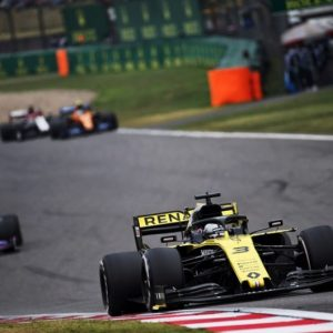 Даниэль Рикардо открыл счет на Гран-при Китая в Шанхае