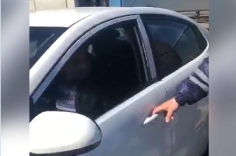 Как ГАИшник вынудил водителя покинуть автомобиль