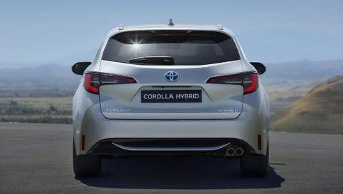 гибридная Toyota Corolla