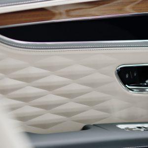 Bentley Flying Spur - роскошный седан класса Gran Turismo