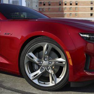 Chevrolet показал обновленный Camaro
