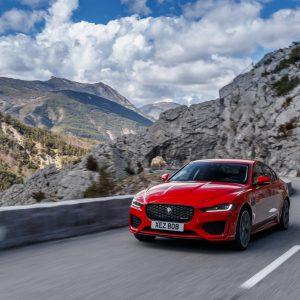 Jaguar Land Rover объявляет о старте приема заказов  на новый Jaguar XE
