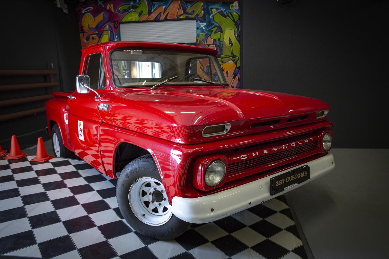 Пикап Chevrolet C-10 1965