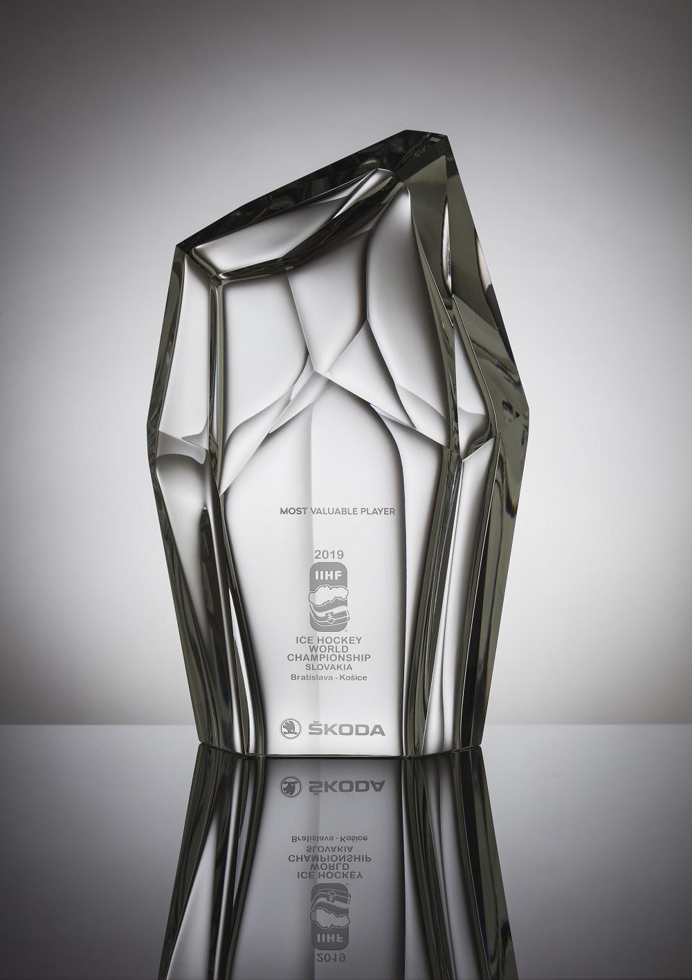 Студия SKODA Design создает награду для самого ценного игрока Чемпионата мира по хоккею IIHF 2019 (1)