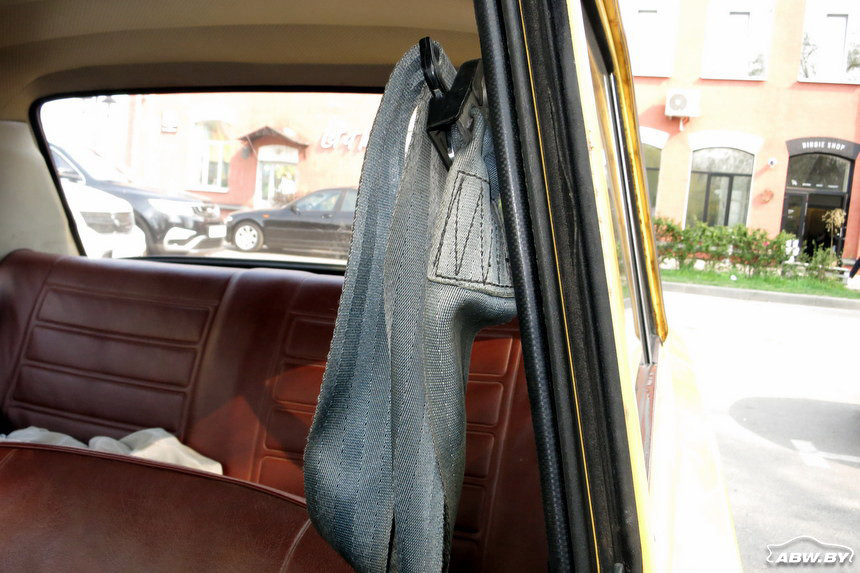 ВАЗ-21013 1981 г ремни безопасности