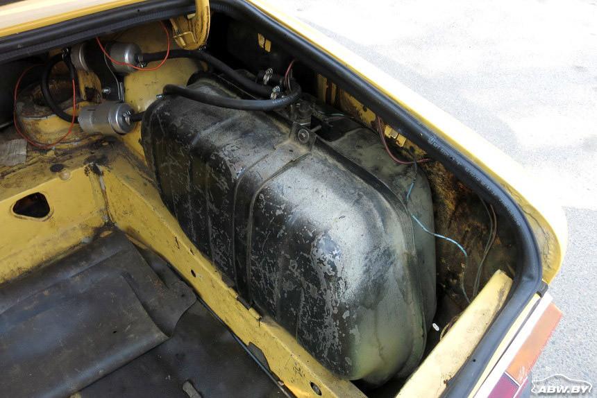 ВАЗ-21013 1981 г топливный бак