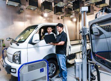 Первая в мире система управления ходовыми характеристиками электромобилей на базе оценки массы