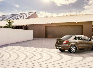 Обновленный седан Renault Logan участвует в программе «Делимобиль Pool»