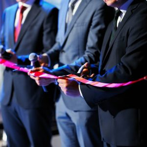 Компания Jaguar Land Rover открыла обновленный дилерский центр в Минске