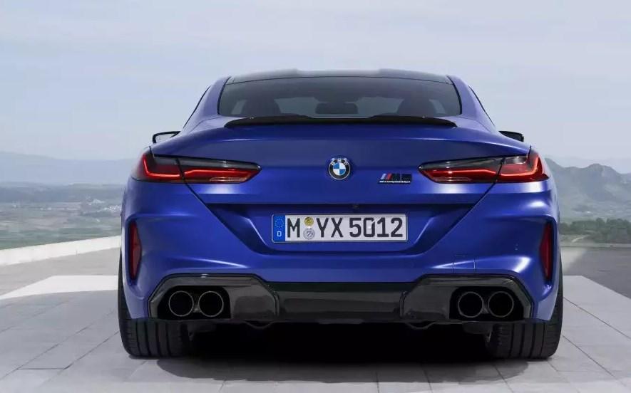 BMW M8 2020 года