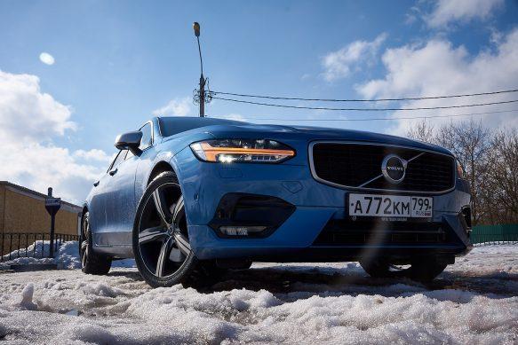 Тест-драйв Volvo S90: премиальное возвращение – удалось?