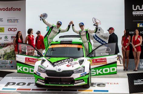 Экипаж Škoda во главе с Калле Рованпера выигрывает гонку в зачете WRC 2 Pro