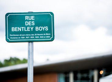 Ле-Ман отдает дань уважения Bentley: главную улицу назвали в честь прославленного гоночного наследия бренда