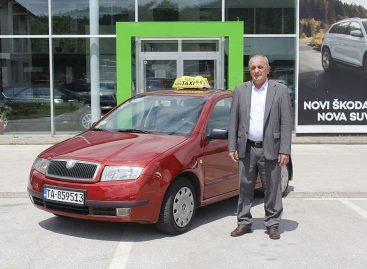 Владельца Skoda Fabia наградили за бережное отношение к автомобилю