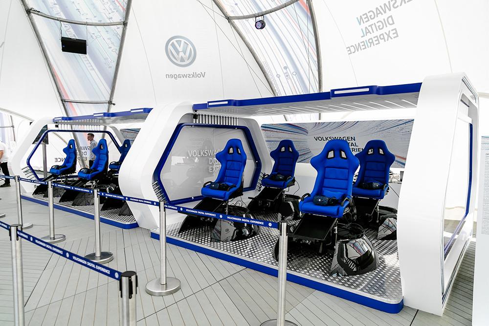 Volkswagen_Digital_Experience_(3)