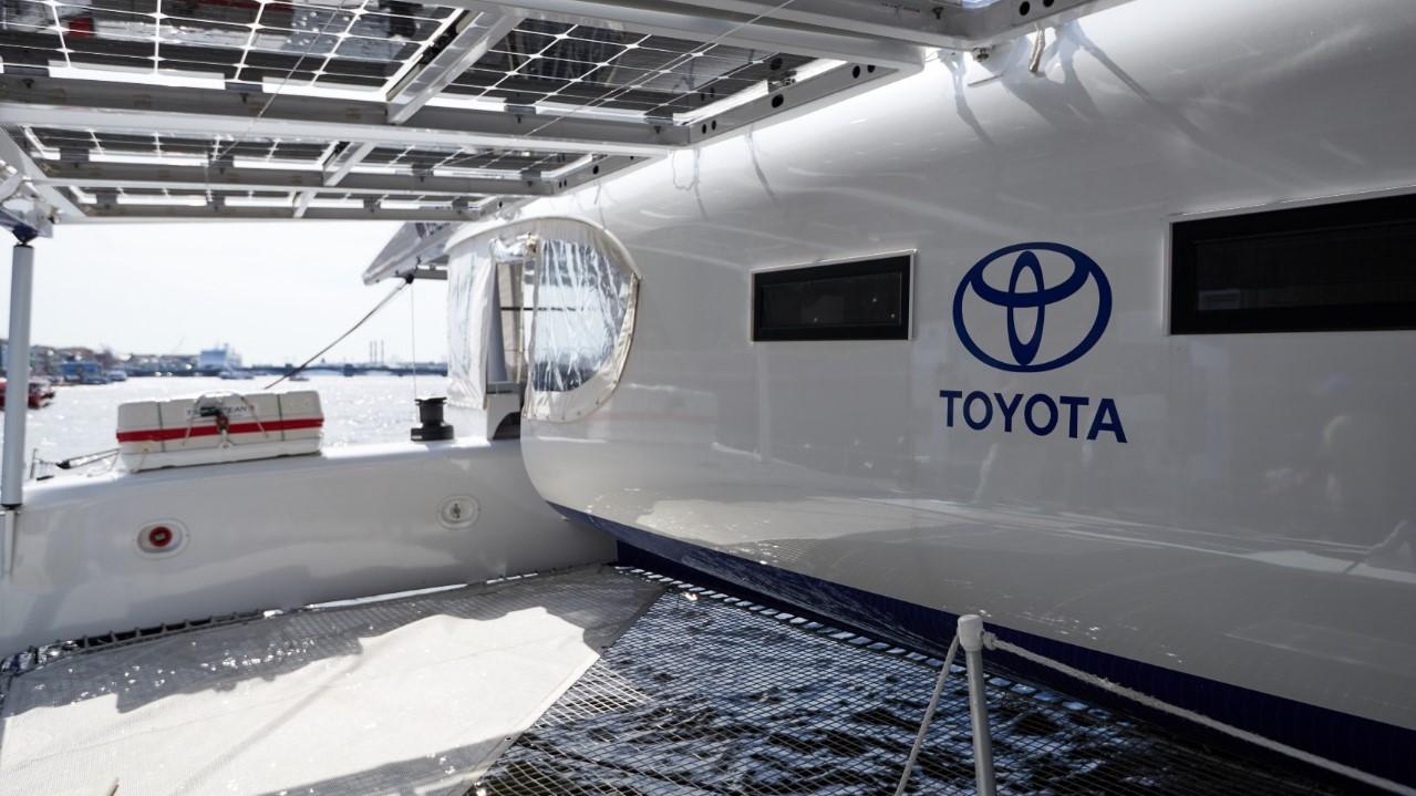 Toyota с водородным двигателем