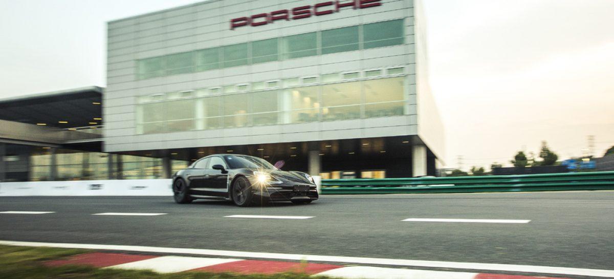 Porsche Taycan гостит в Шанхае