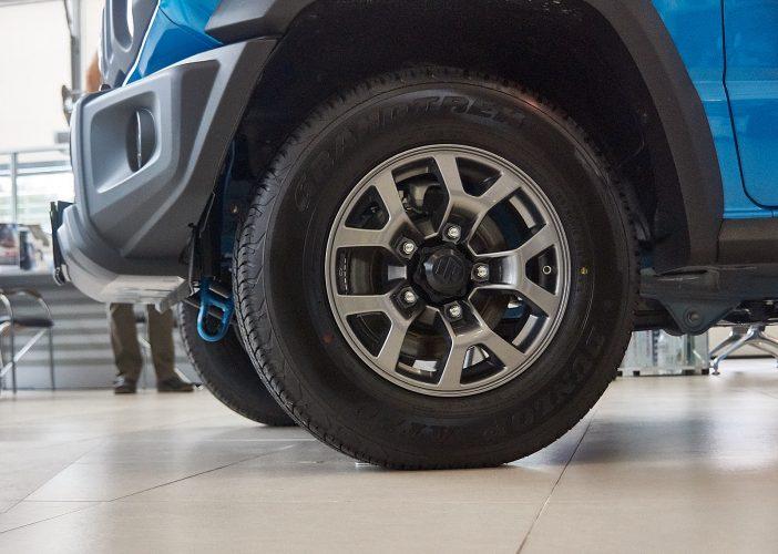 Suzuki Jimny 2019 угол въезда