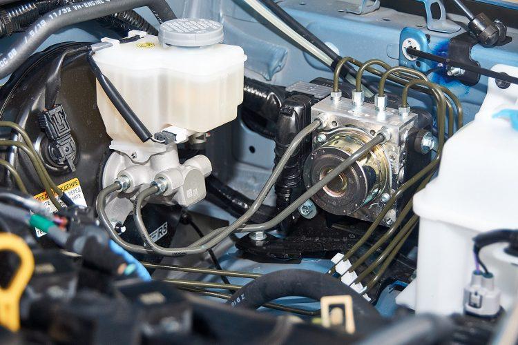 Suzuki Jimny 2019 двигатель К15В 1,5 л. 102 л.с. при 130 Нм.