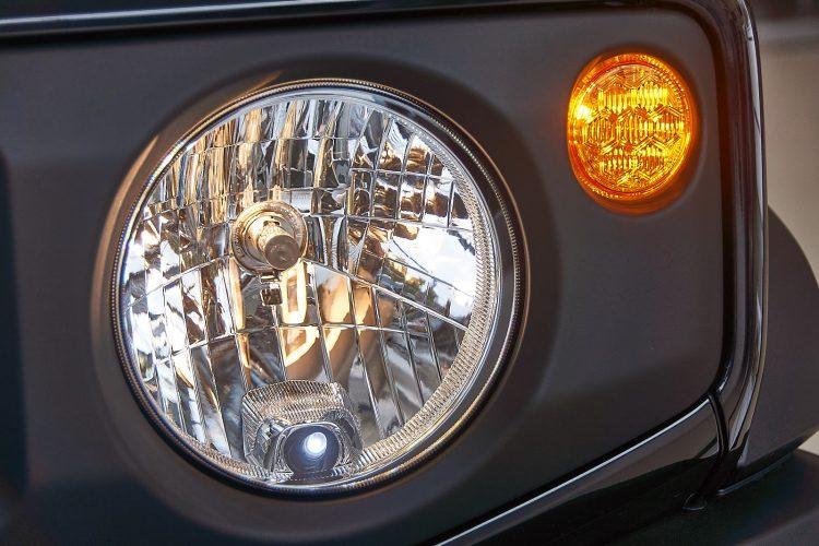 Suzuki Jimny 2019 оптика комплектация GL