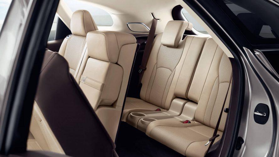 Lexus RX350L 2019 третий ряд сидений