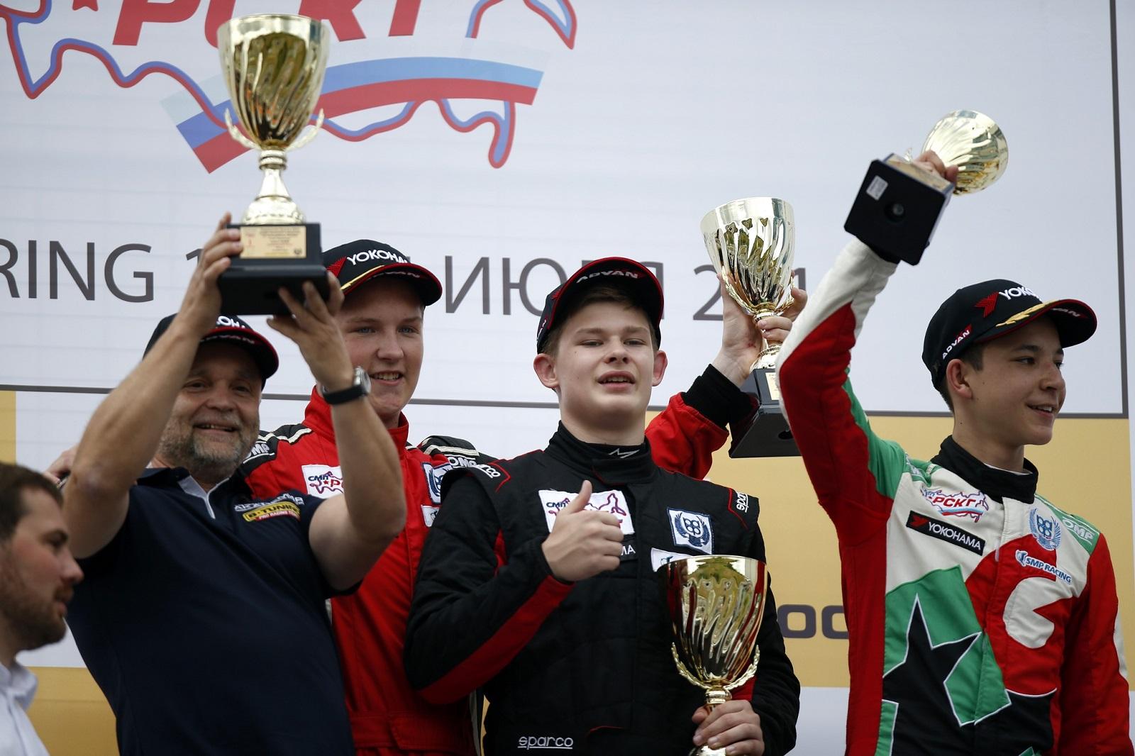 B-Tuning: победа в гонках в Мячково