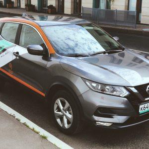 Более 170 Nissan Qashqai пополнили парк каршеринга Делимобиль