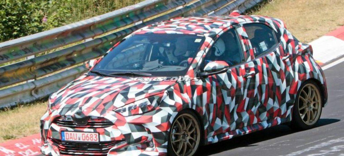 Опубликованы первые снимки новой Toyota Yaris