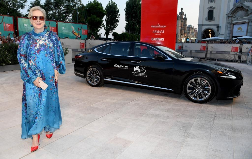 Lexus UX 2
