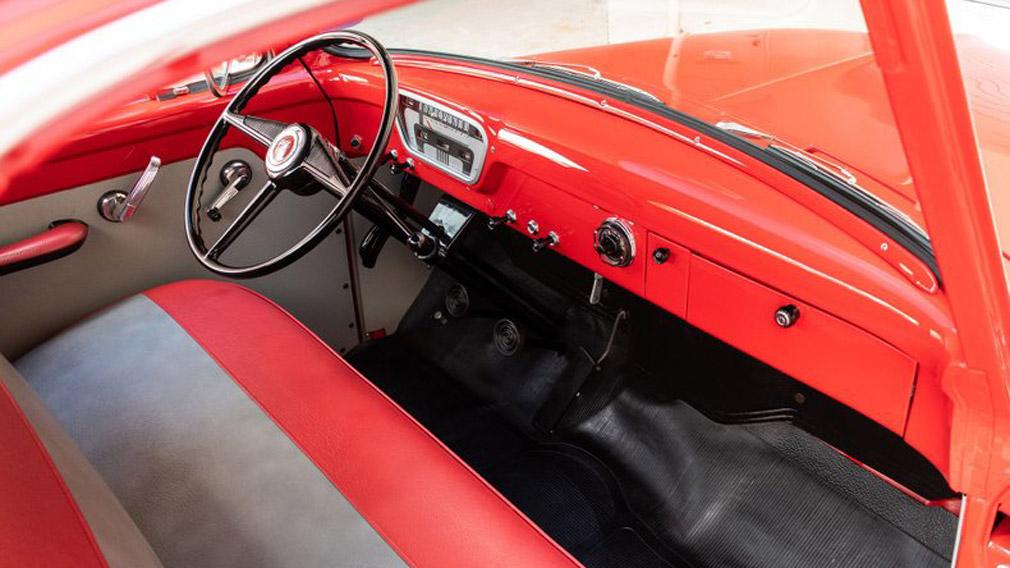 классический пикап Ford F100