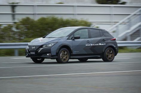Nissan показал свой тестовый двухмоторный электромобиль