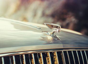 Стильные аксессуары, вдохновленные новым Bentley Flying Spur