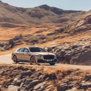 Спецификация Blackline для нового Bentley Flying Spur