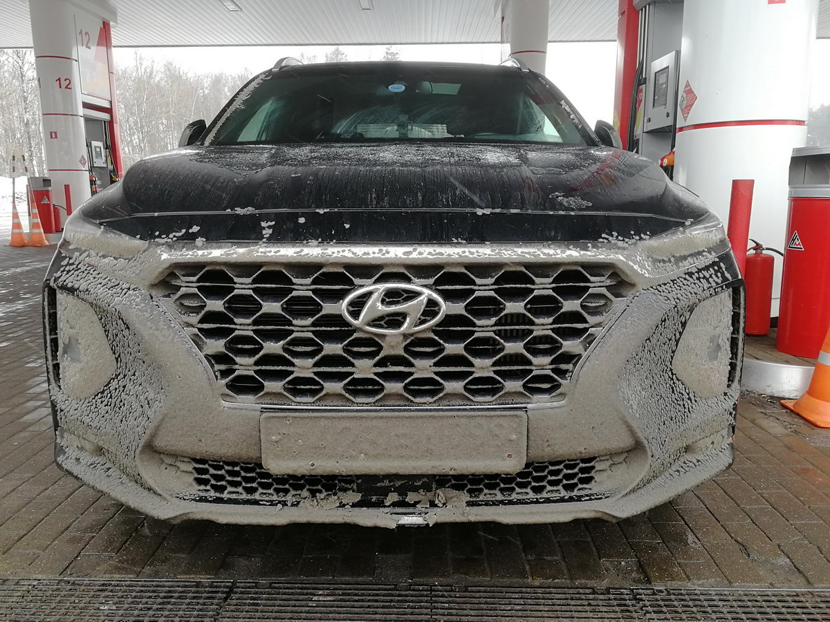 Hyundai Santa Fe 2018 Black & Brown