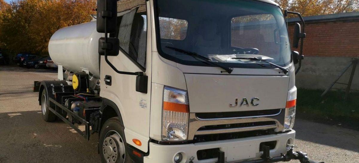 Jac N80 дебютировал в роли коммунальной машины