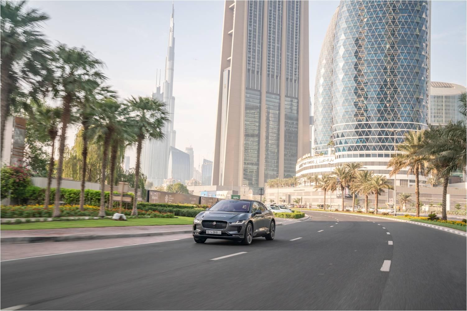 Jaguar I-PACE в Дубае