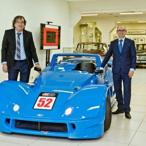 Сотрудник Автоваза передал уникальный гоночный родстер Lada в музей в Тольятти