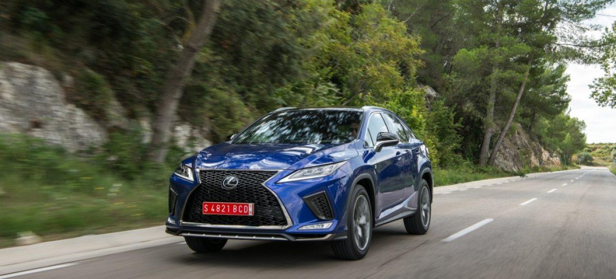 Начались продажи обновленного премиального кроссовера Lexus RX